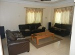 Comfortable 3 Bed House in Salagi 6