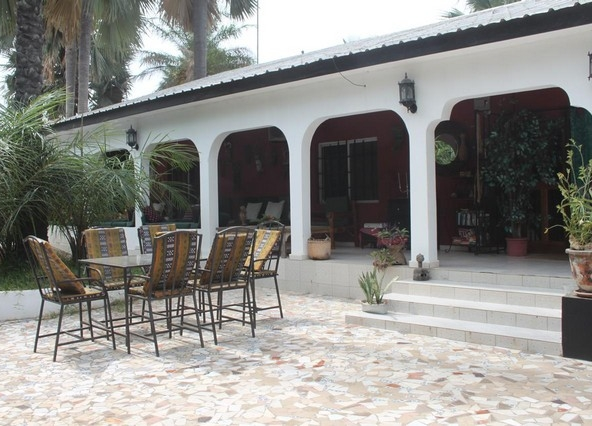 6 bedroom bungalow in brufut gambia