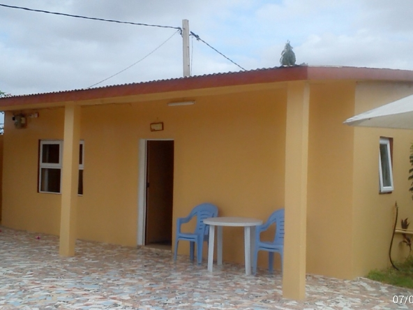 Quiet 2 Bed Bungalow in Yundum Gambia for rent