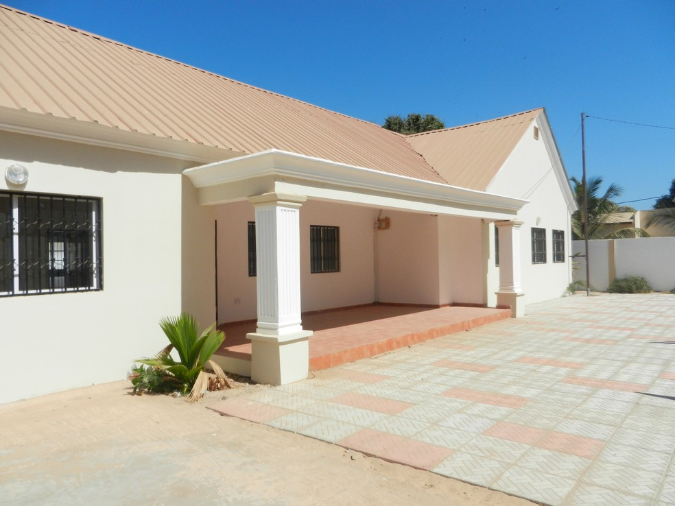 House to Let / Rent Bijilo Gambia